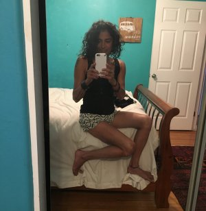 Oceany escort girl in Forestdale
