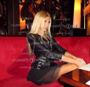 Maria-elena ts escort girl in Bloomingdale FL