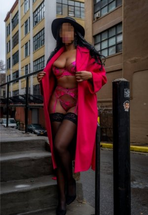 Zobida escort girl in Warrensville Heights