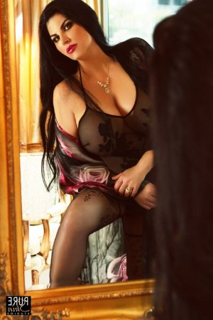 Lidia escort girl